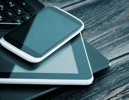 Pametni telefoni i tableti potiskuju računare