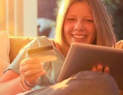 Top 5 razloga zašto je online kupovina bolja od kupovine u prodavnicama