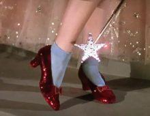 Muzej pokrenuo Kickstarter kampanju kako bi sačuvao čuvene Dorotine crvene cipele!