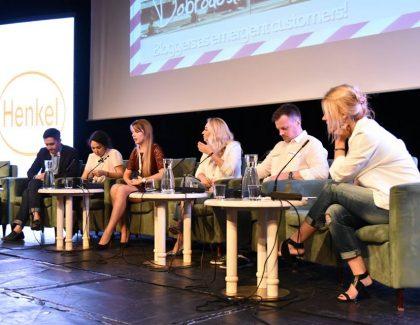 Blogomanija Fashion & Beauty: Bloggers as emergent customers! (video)