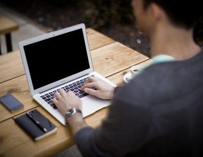 Uskoro počinje program prekvalifikacije u IT struku: Velika potreba za zapošljavanjem IT juniora!