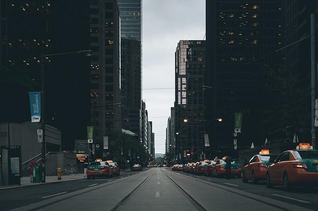 street-scene-863440_640