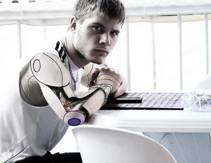 Kineski robot pobedio ljude na popularnom kvizu znanja!