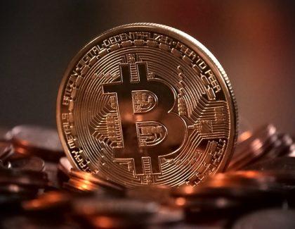 Rekord: Bitkoin premašio vrednost od 2.000 dolara!