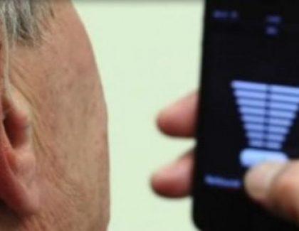 Slušni aparat sada se može povezati sa pametnim telefonom