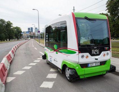 Minibusevi bez vozača voze Estonce!