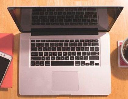 4 stvari koje nikako ne smete da čuvate na poslovnim uređajima