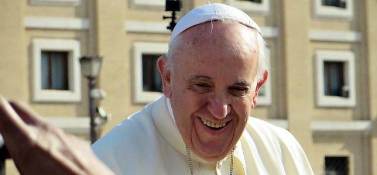 Papa Franja ima 40 miliona pratilaca na Twitteru