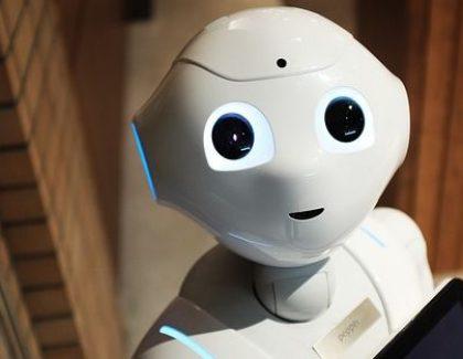 """Robot iz Niša postaje """"negovatelj"""" starih u Kini"""