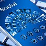Bivši direktor tvrdi: Facebook uništava postojeće društvo